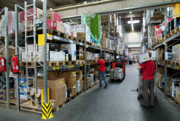 Lageroptimierung und effektive Lagerlogistik als Basis fuer den Unternehmenserfolg