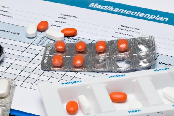 Der Medikationsplan gibt Informationen zu den verschriebenen Medikamenten des Patienten