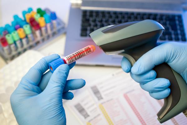 Blutprobe scannen